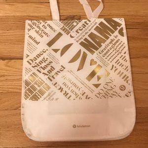 Large LuLu Lemon tote bag 💛🤍
